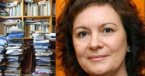 """La biblioteca di Clara Sánchez? Disordinata e """"sempre in movimento"""""""