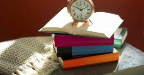 Il luogo più ambito dai libri? Il comodino...
