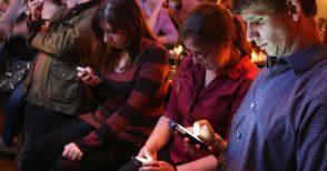 La dipendenza da smartphone in un surreale racconto inedito di Andrea Vitali